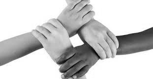 De mãos dadas